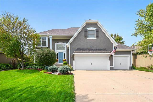 14004 Bradshaw Street, Overland Park, KS 66221 (#2243538) :: Jessup Homes Real Estate | RE/MAX Infinity