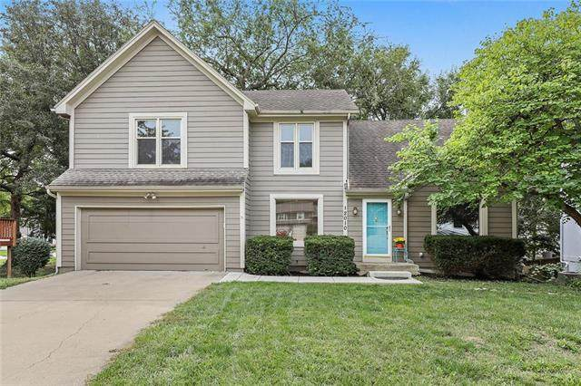 12010 Hagan Street, Olathe, KS 66062 (#2243546) :: The Gunselman Team