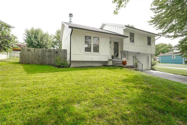 1100 N Cooper Street, Olathe, KS 66061 (#2243549) :: House of Couse Group