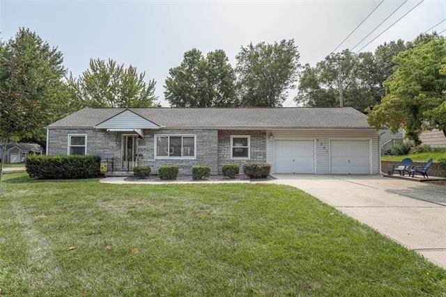 6201 W 55th Street, Mission, KS 66202 (#2243570) :: House of Couse Group