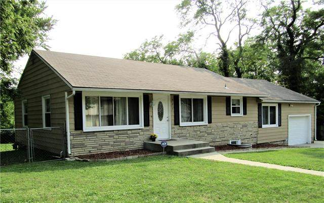521 Buttinger Place, Leavenworth, KS 66048 (#2243584) :: Jessup Homes Real Estate | RE/MAX Infinity
