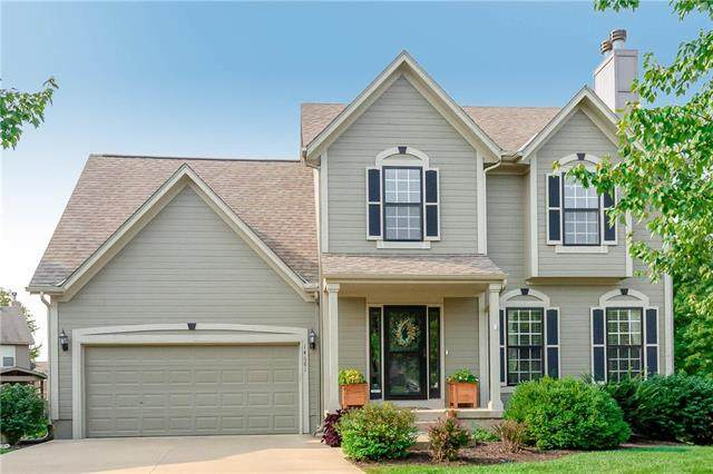 14681 W 151ST Terrace, Olathe, KS 66062 (#2243617) :: House of Couse Group