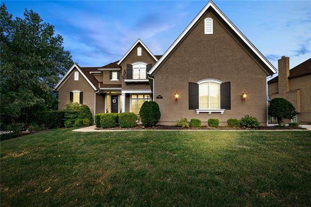 14824 Birch Street, Leawood, KS 66224 (#2243643) :: The Shannon Lyon Group - ReeceNichols