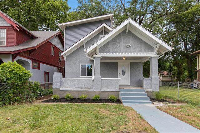 3620 College Avenue, Kansas City, MO 64128 (#2243676) :: The Gunselman Team