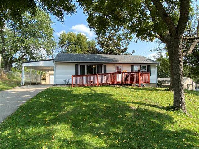 3609 N Cypress Avenue, Kansas City, MO 64117 (#2243743) :: House of Couse Group