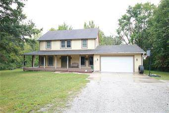 2307 SE 240th St Street, Lathrop, MO 64465 (#2243759) :: Jessup Homes Real Estate | RE/MAX Infinity