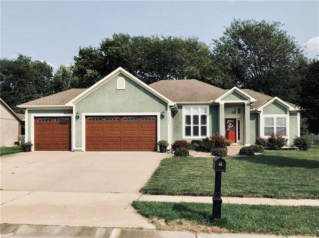 21301 Noble Street, Spring Hill, KS 66083 (#2243772) :: Ron Henderson & Associates