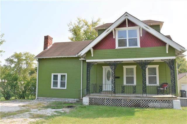 1027 E Peoria Street, Paola, KS 66071 (#2243804) :: Ron Henderson & Associates