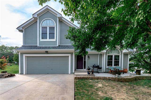 108 Wisteria Court, Smithville, MO 64089 (#2243839) :: Edie Waters Network