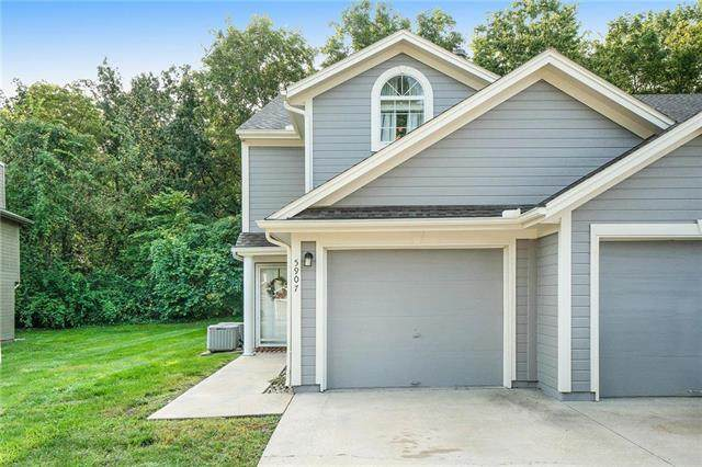 5907 NE Moonstone Drive, Lee's Summit, MO 64064 (#2243870) :: Jessup Homes Real Estate | RE/MAX Infinity