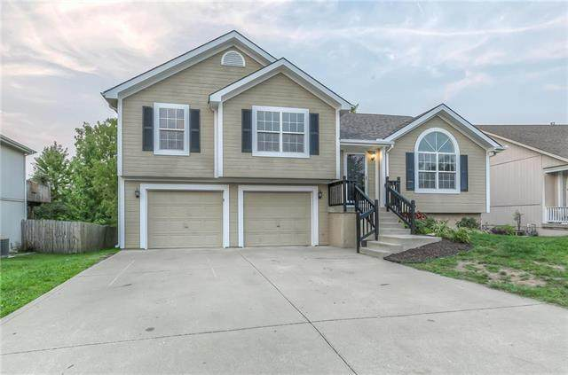 7214 E 163rd Terrace, Belton, MO 64012 (#2243881) :: The Gunselman Team