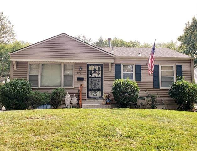 8245 Jarboe Street, Kansas City, MO 64114 (#2243920) :: Team Real Estate