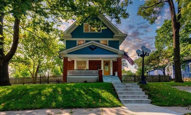 8250 Delaware Street, De Soto, KS 66018 (#2243943) :: Edie Waters Network