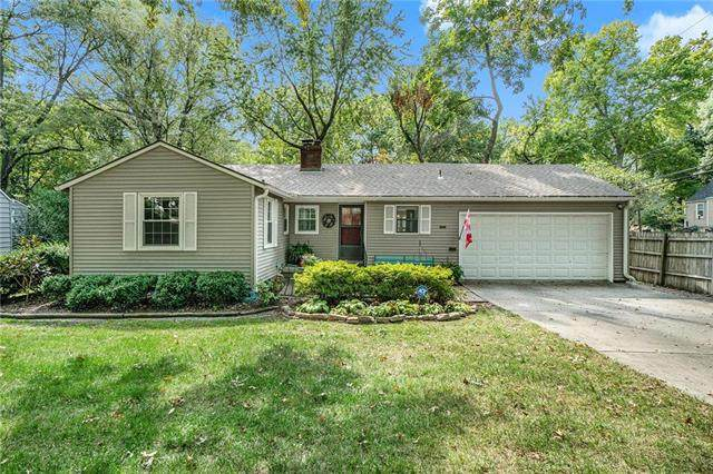 4635 W 71ST Street, Prairie Village, KS 66208 (#2243950) :: Team Real Estate