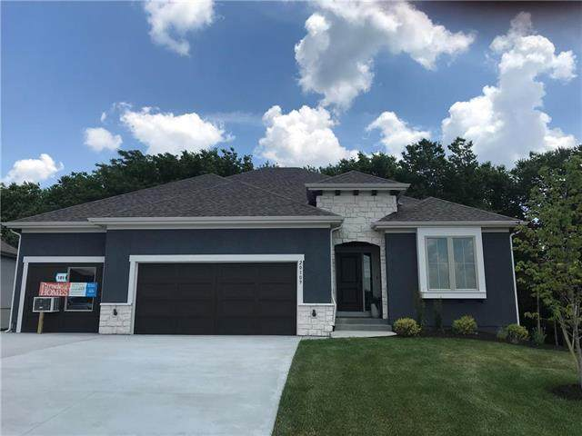 20128 Cooper Street, Spring Hill, KS 66083 (#2243989) :: Jessup Homes Real Estate | RE/MAX Infinity