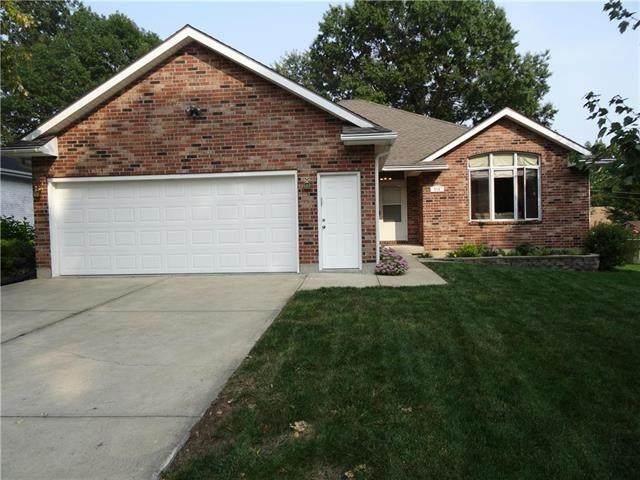 516 NE 1ST Street, Blue Springs, MO 64014 (#2244005) :: Five-Star Homes