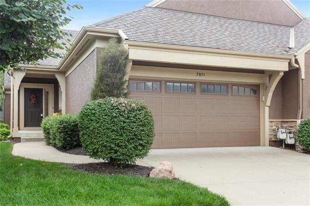 7871 W 156th Place, Overland Park, KS 66223 (#2244067) :: The Shannon Lyon Group - ReeceNichols