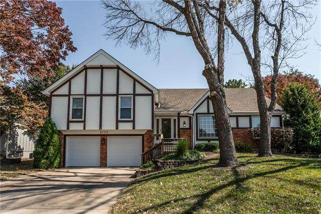 6709 Noland Road, Shawnee, KS 66216 (#2244082) :: Dani Beyer Real Estate