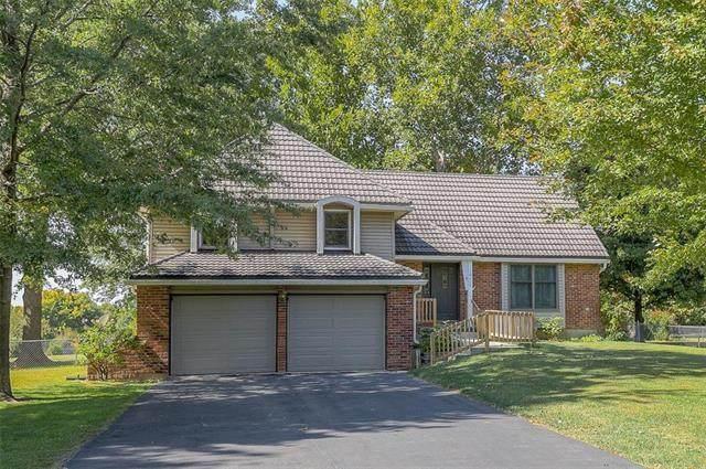 19410 Hardy Street, Overland Park, KS 66085 (#2244381) :: Dani Beyer Real Estate