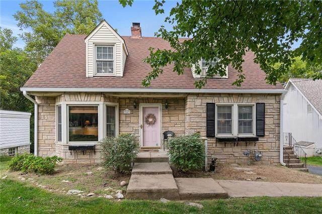 3643 N Briarcliff Road, Kansas City, MO 64116 (#2244418) :: The Kedish Group at Keller Williams Realty