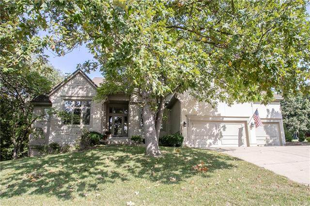 14602 W 49TH Street, Shawnee, KS 66216 (#2244447) :: Five-Star Homes
