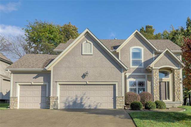 1332 NE Kenwood Drive, Lee's Summit, MO 64064 (#2244506) :: Beginnings KC Team