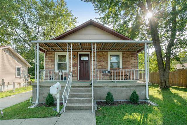 10401 E 9th Street, Independence, MO 64053 (#2244565) :: Jessup Homes Real Estate   RE/MAX Infinity