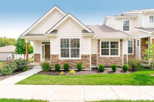 7320 W 158 Street, Overland Park, KS 66223 (#2244579) :: The Shannon Lyon Group - ReeceNichols