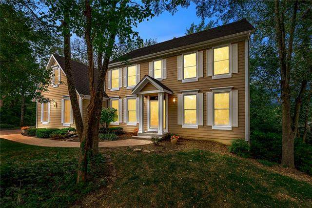 24760 W 103rd Terrace, Olathe, KS 66061 (#2244582) :: Edie Waters Network