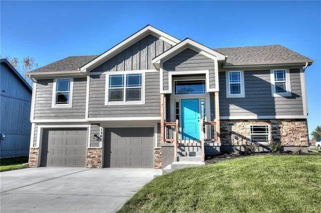 424 Lilly Lane, Liberty, MO 64068 (#2244632) :: Team Real Estate