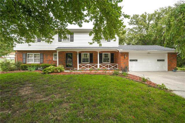 206 Highland Drive, Smithville, MO 64089 (#2244671) :: Edie Waters Network