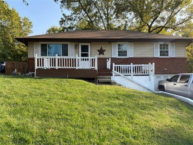 6621 NE 52nd Street, Kansas City, MO 64119 (#2244717) :: The Kedish Group at Keller Williams Realty