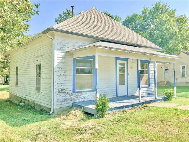 307 Maple Street, Colony, KS 66015 (#2244876) :: Edie Waters Network
