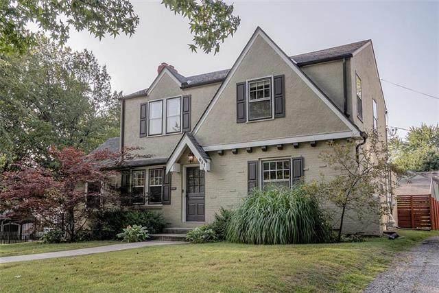 641 E 72ND Terrace, Kansas City, MO 64131 (#2244903) :: Ron Henderson & Associates