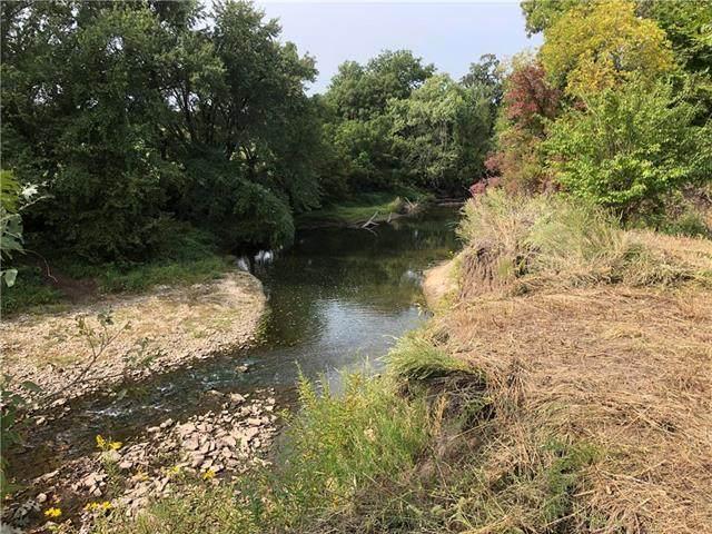 W 83rd And Cedar Creek Road, De Soto, KS 66083 (#2244974) :: Edie Waters Network