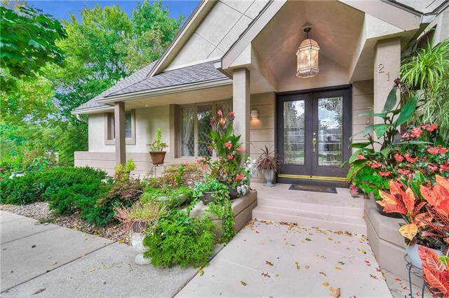 214 NW Birch Street, Lee's Summit, MO 64064 (#2245094) :: Ask Cathy Marketing Group, LLC