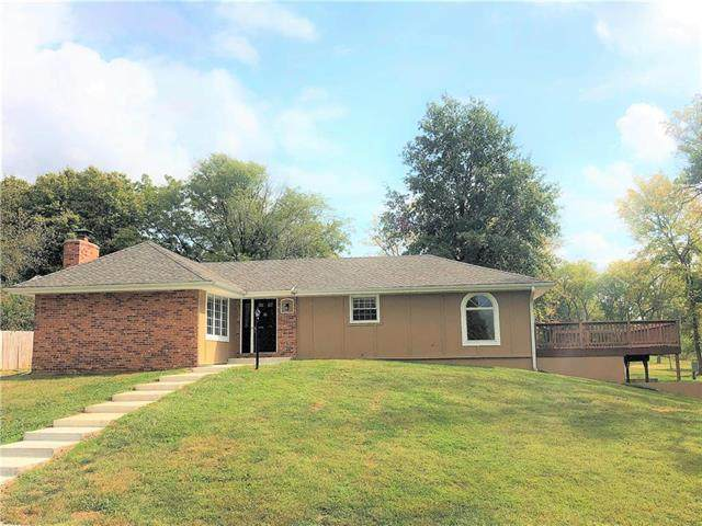 15605 E Highway, Smithville, MO 64089 (#2245113) :: Edie Waters Network