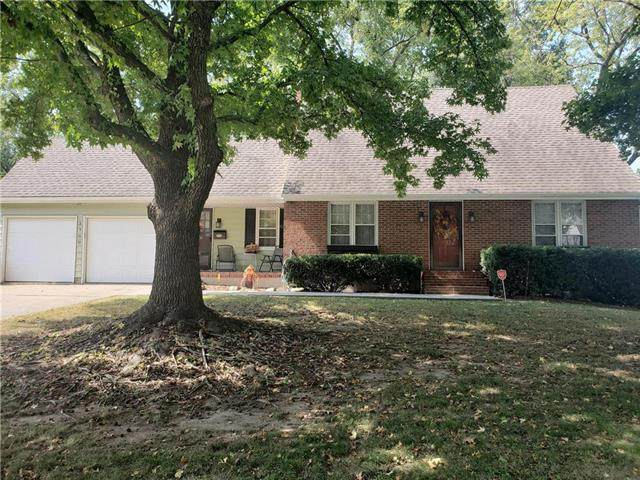 3700 Appleton Avenue, Independence, MO 64052 (#2245129) :: Team Real Estate