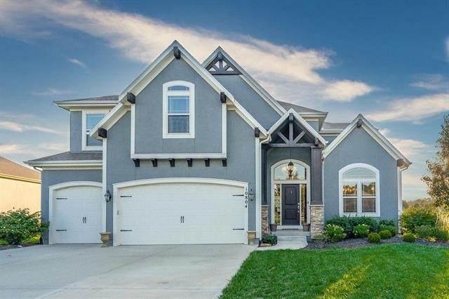 10804 S Redbud Lane, Olathe, KS 66061 (#2245189) :: Team Real Estate