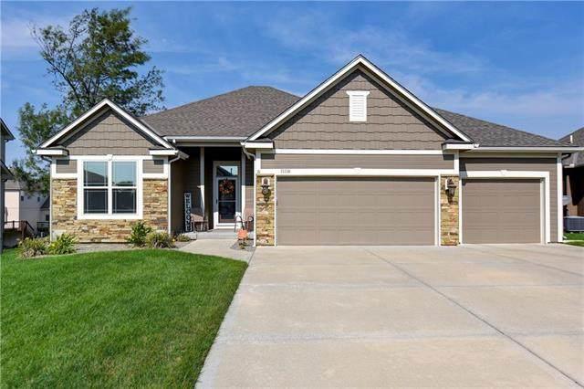 11116 N Belleview Avenue, Kansas City, MO 64155 (#2245220) :: Team Real Estate