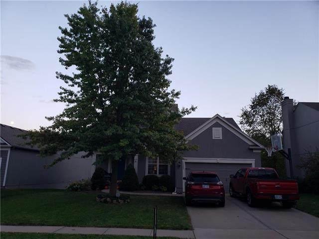15857 W 158th Street, Olathe, KS 66062 (#2245221) :: Team Real Estate