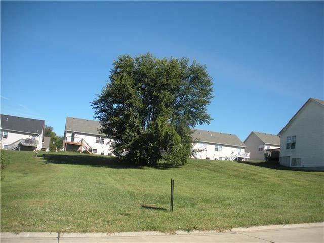 4013 Chesapeake Drive, St Joseph, MO 64506 (#2245243) :: Beginnings KC Team