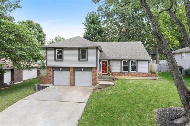 1004 SW 19th Street, Blue Springs, MO 64015 (#2245320) :: Team Real Estate