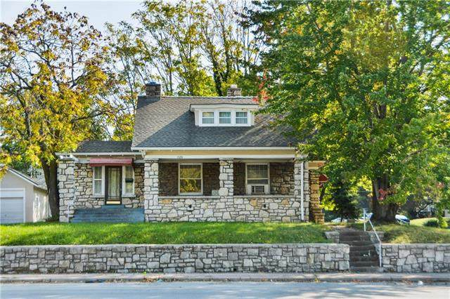 10201 E Truman Road, Independence, MO 64052 (#2245338) :: Ask Cathy Marketing Group, LLC