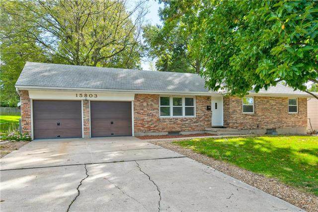15803 E South Avenue, Independence, MO 64050 (#2245361) :: Edie Waters Network