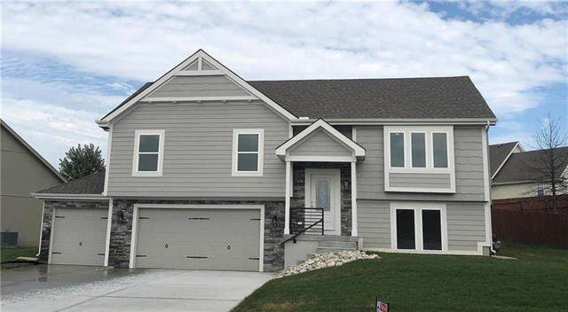 2112 Bradford Place, Excelsior Springs, MO 64024 (#2245457) :: Audra Heller and Associates