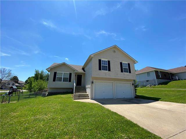 19321 E 13TH Street, Independence, MO 64056 (#2245493) :: Team Real Estate