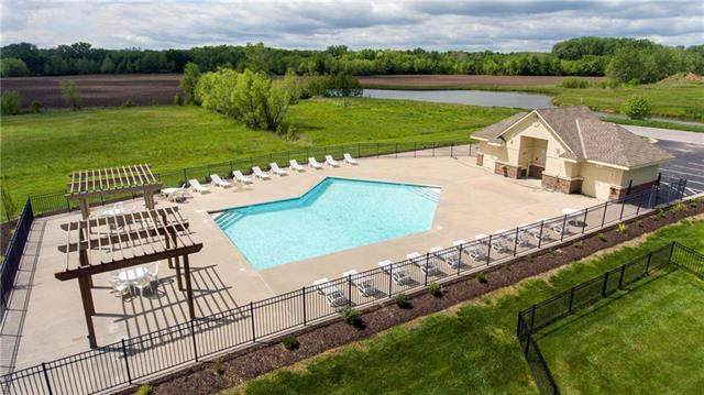 2213 Prairie Creek Drive, Kearney, MO 64060 (#2245539) :: Edie Waters Network