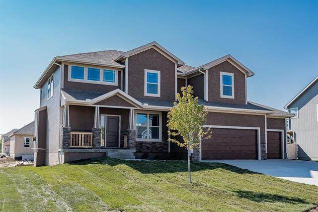 106 157th Street, Basehor, KS 66007 (#2245575) :: House of Couse Group
