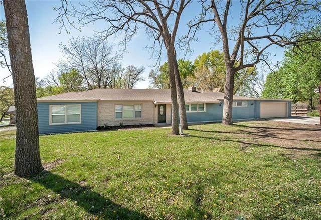 9908 E Linwood Boulevard, Independence, MO 64052 (#2245627) :: Team Real Estate